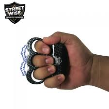triple sting ring